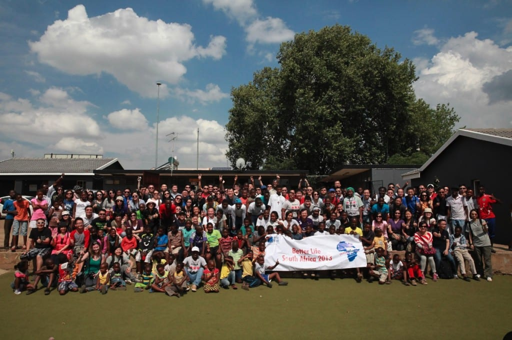 HKBN's executives visited participants of Kliptown Youth Program, South Africa in 2013